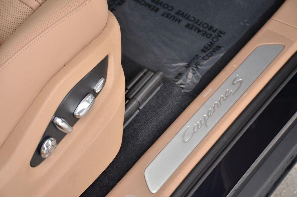 2019 Porsche Cayenne S - 18896508 - 29