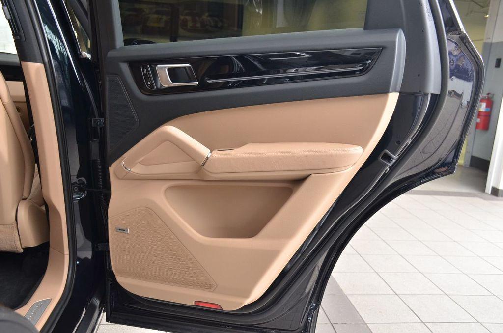 2019 Porsche Cayenne S - 18896508 - 34