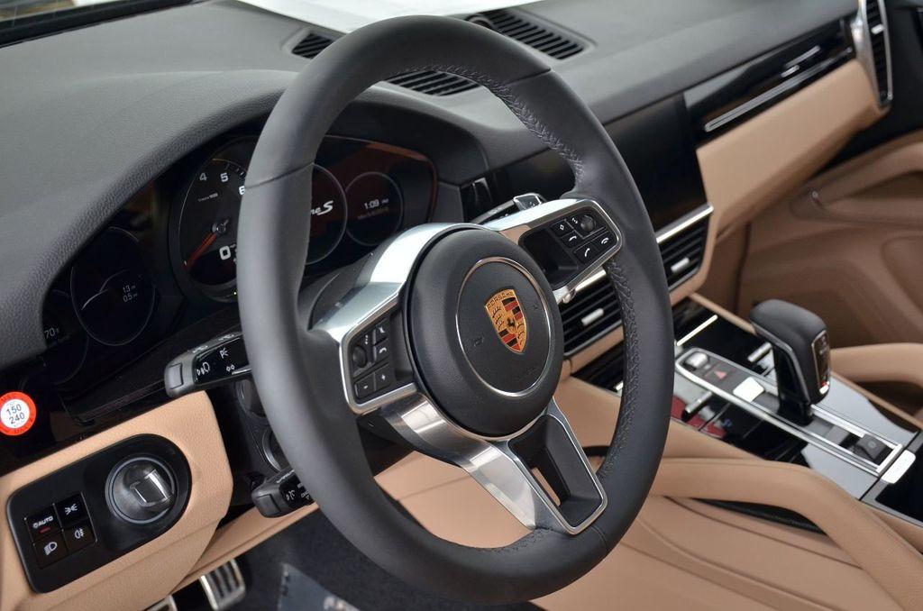 2019 Porsche Cayenne S - 18896508 - 43