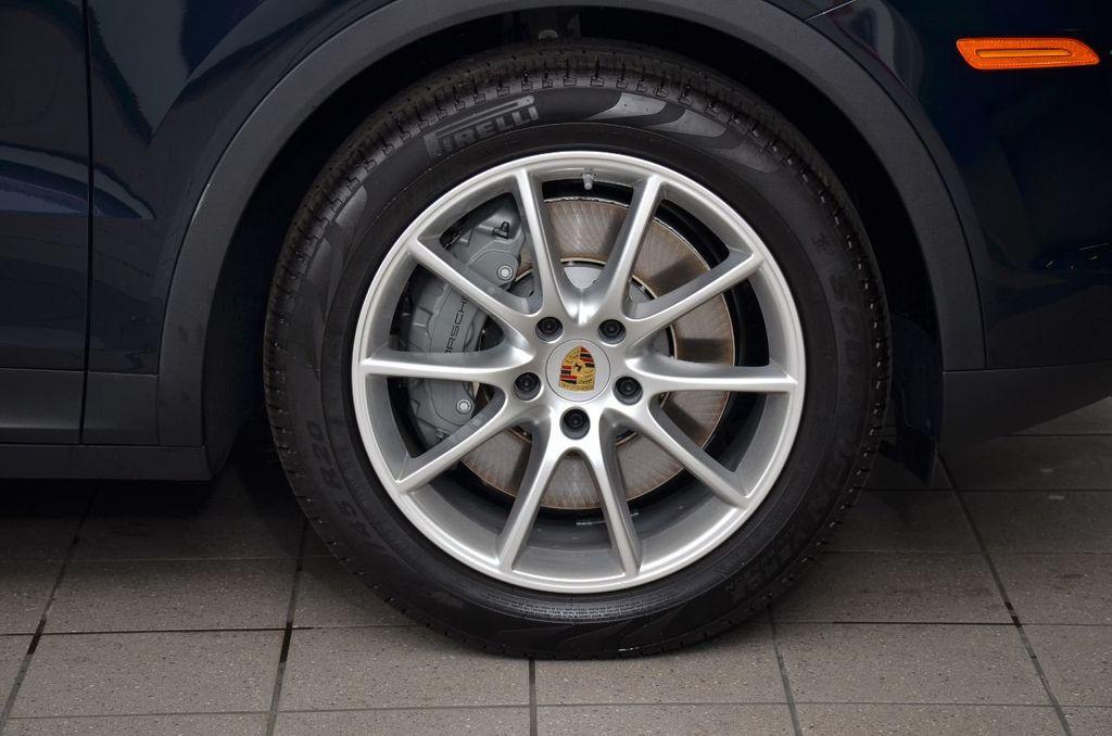 2019 Porsche Cayenne S - 18896508 - 8