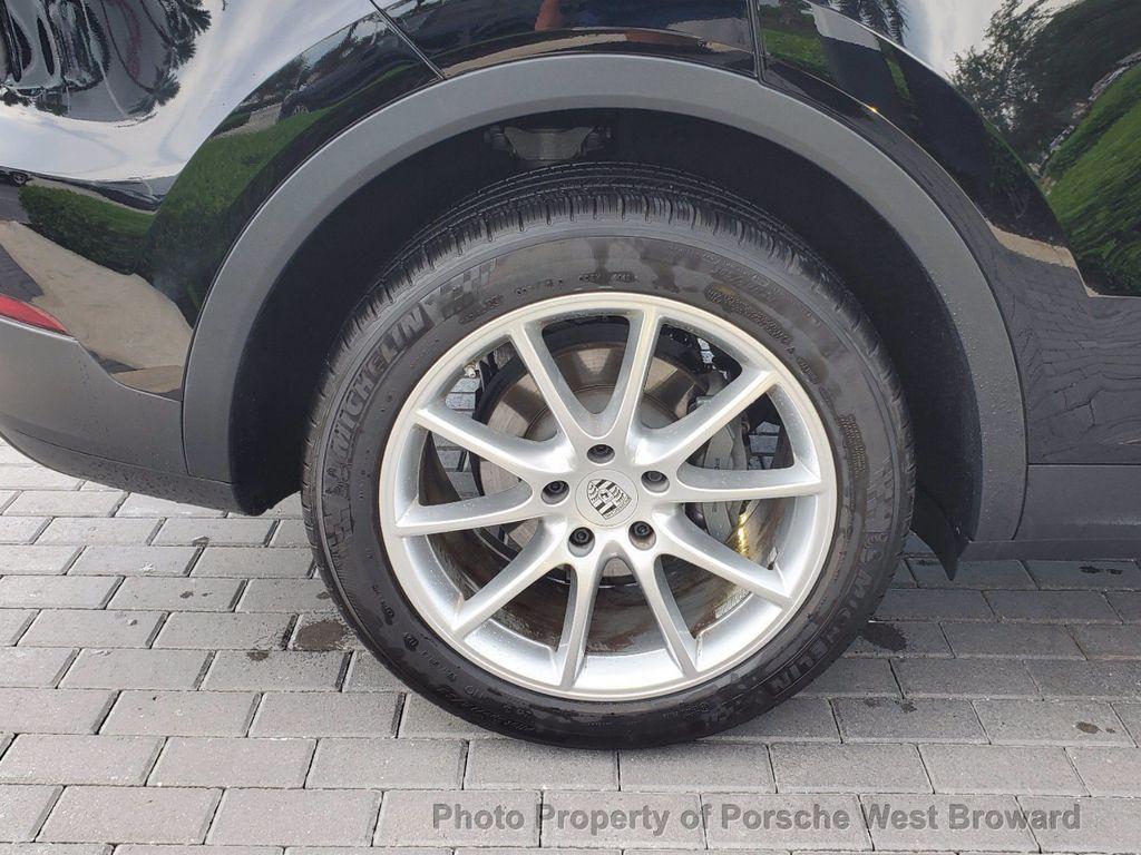 2019 Porsche Cayenne S - 18533355 - 9