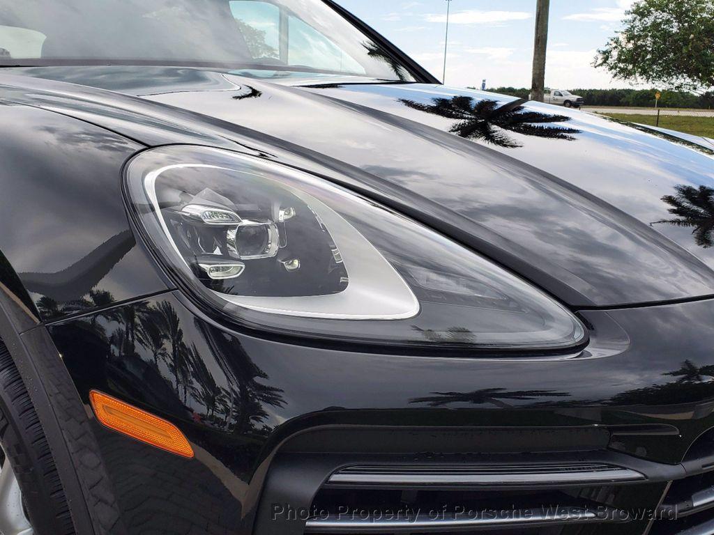 2019 Porsche Cayenne S - 18533355 - 10
