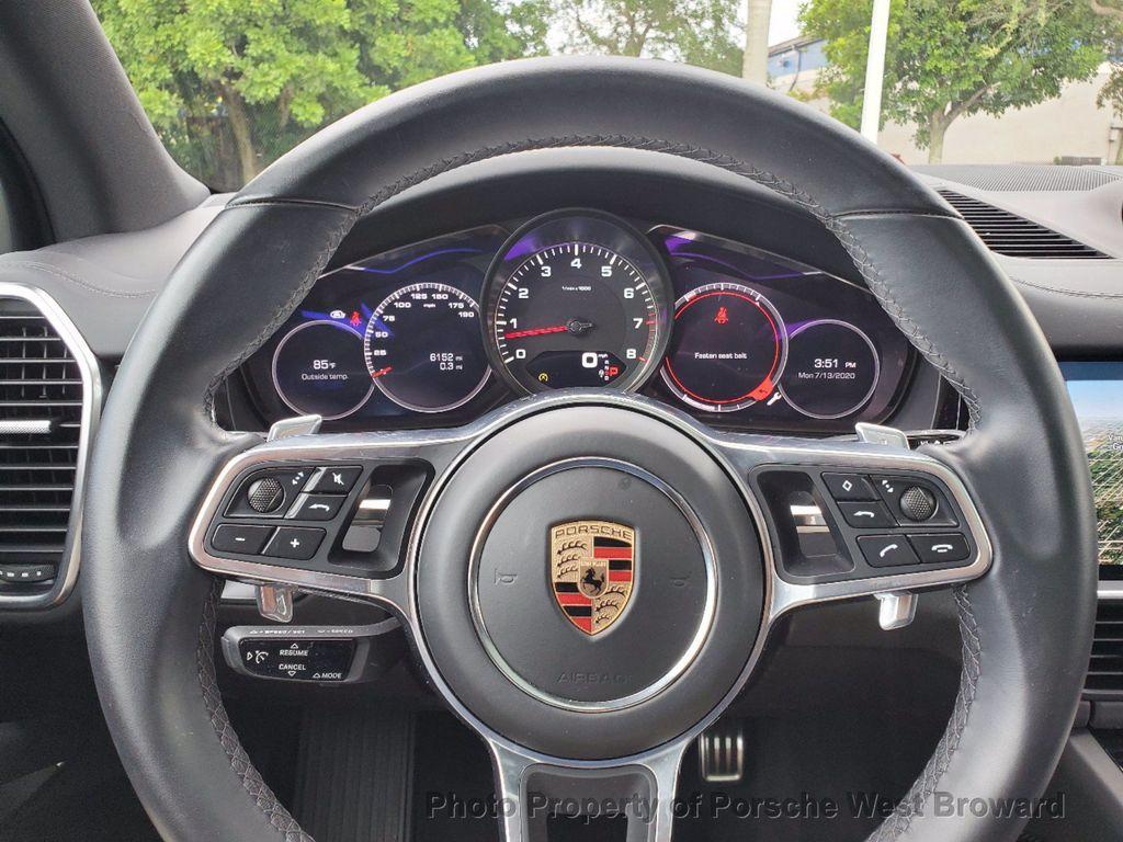2019 Porsche Cayenne S - 18533355 - 27