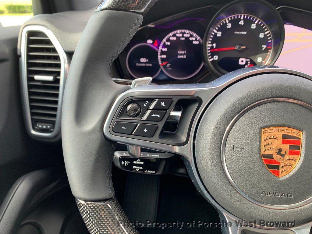 2019 Porsche Cayenne S - 18533356 - 23
