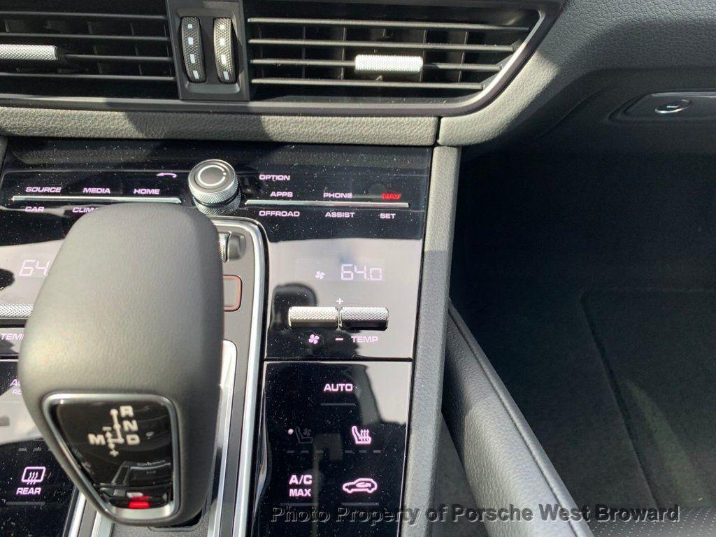 2019 Porsche Cayenne S - 18533356 - 29