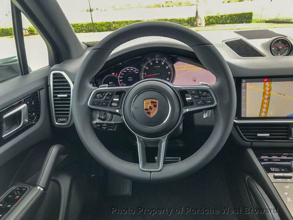 2019 Porsche Cayenne S - 18719437 - 19