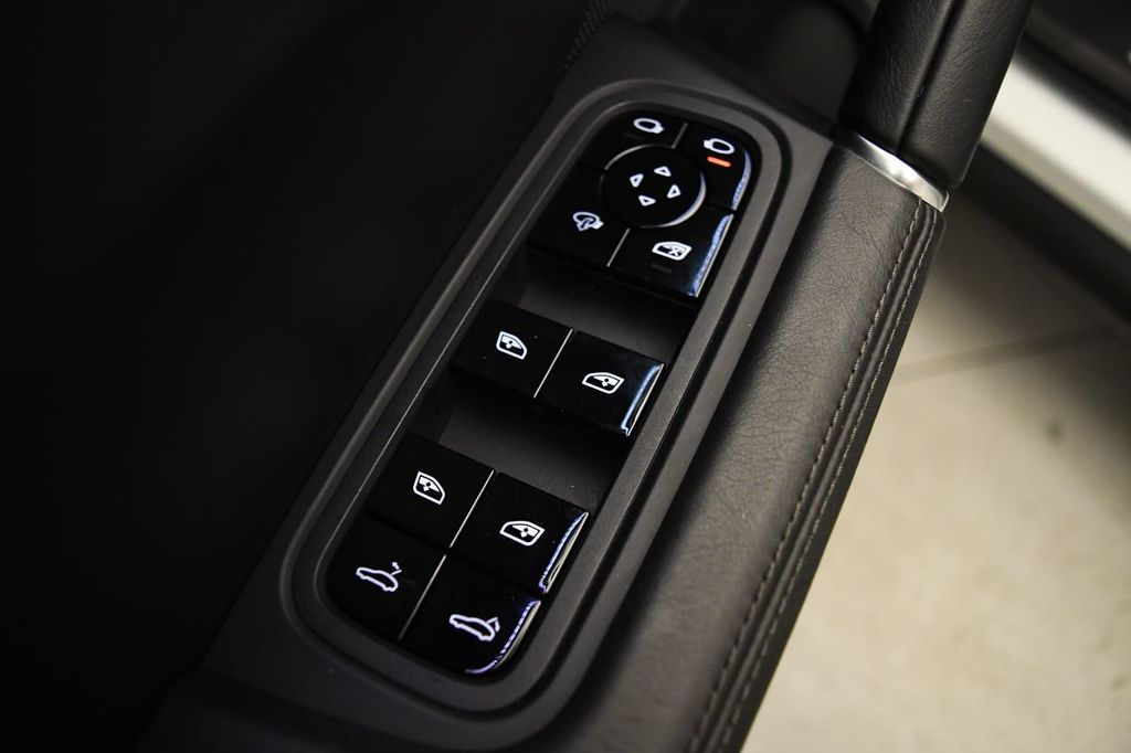 2019 Porsche Cayenne S - 18422700 - 14