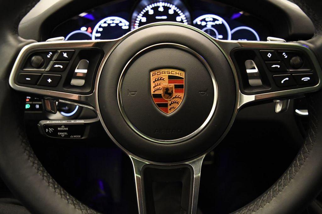 2019 Porsche Cayenne S - 18422700 - 18