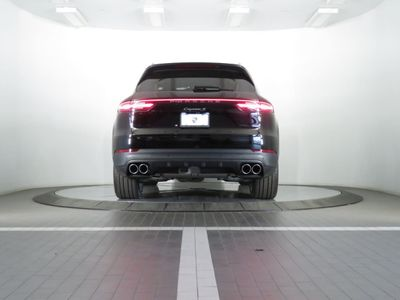 2019 Porsche Cayenne S SUV - Click to see full-size photo viewer