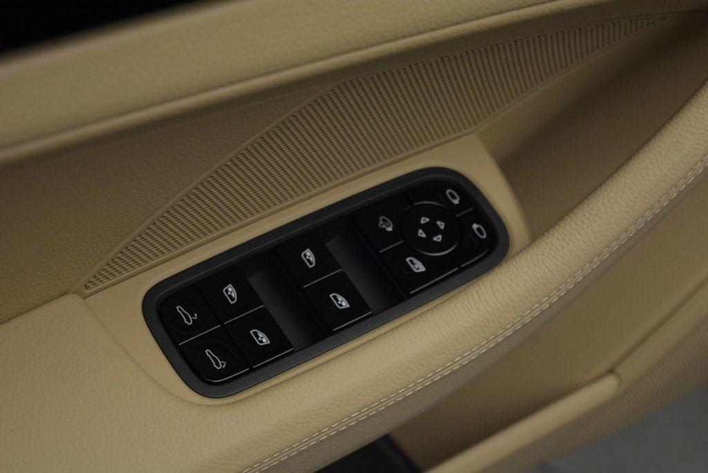 2019 Porsche Panamera 4 AWD - 18594299 - 14