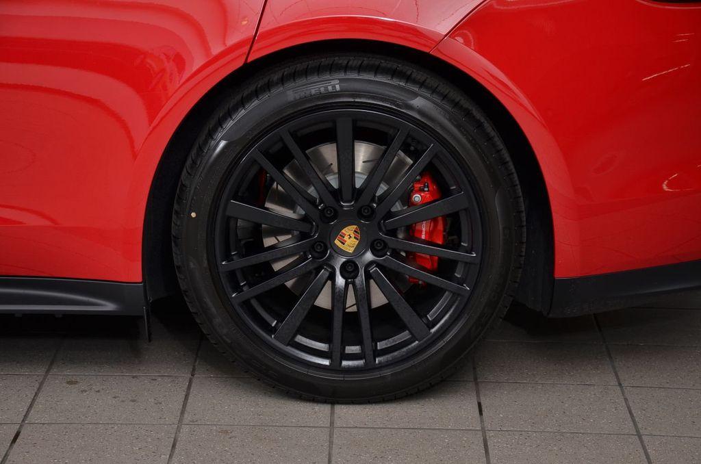 2019 Porsche Panamera GTS AWD - 18702357 - 10