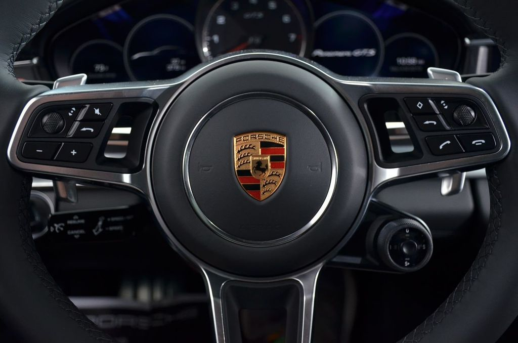 2019 Porsche Panamera GTS AWD - 18702357 - 14