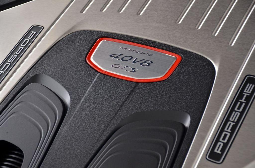 2019 Porsche Panamera GTS AWD - 18702357 - 21