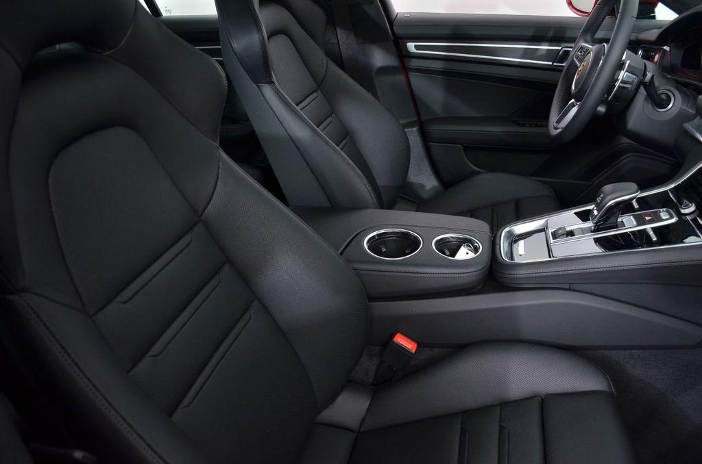 2019 Porsche Panamera GTS AWD - 18702357 - 32