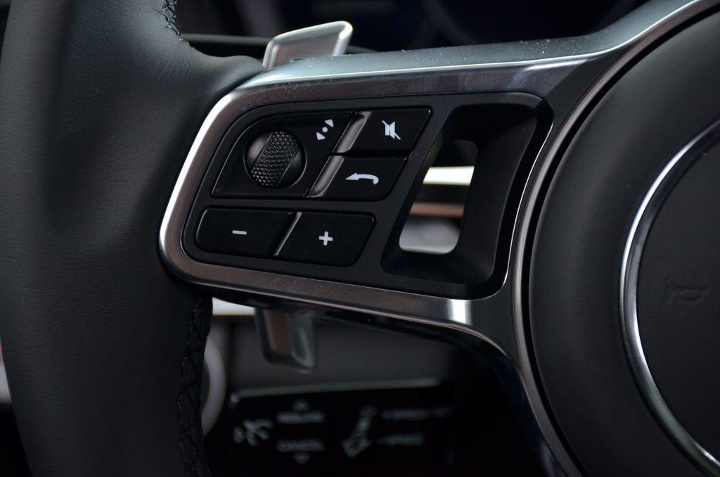 2019 Porsche Panamera GTS AWD - 18702357 - 40
