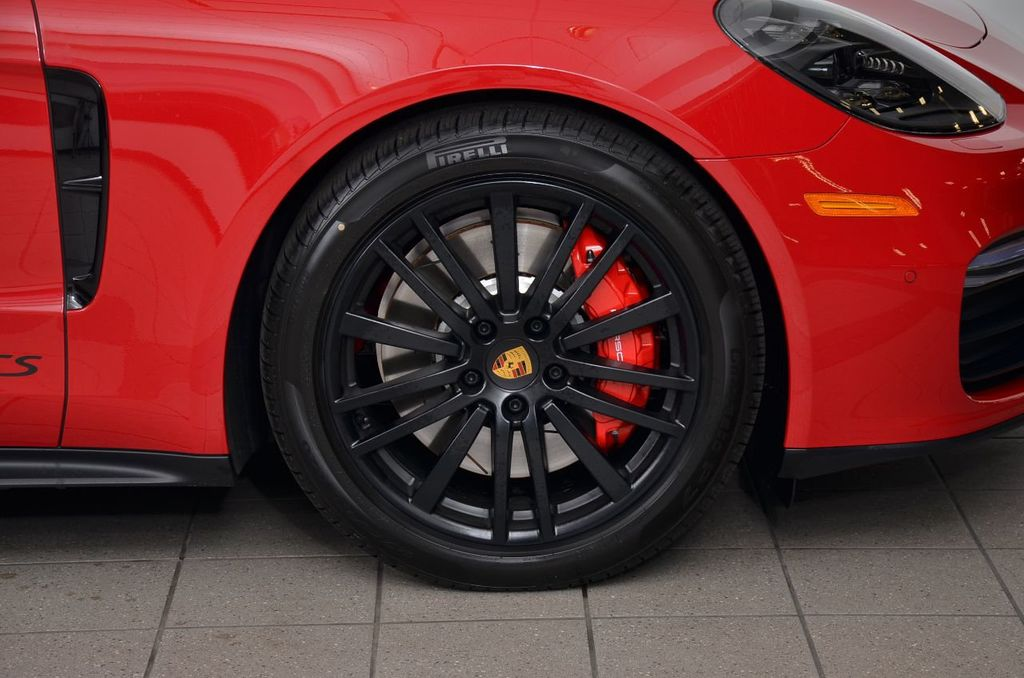 2019 Porsche Panamera GTS AWD - 18702357 - 8