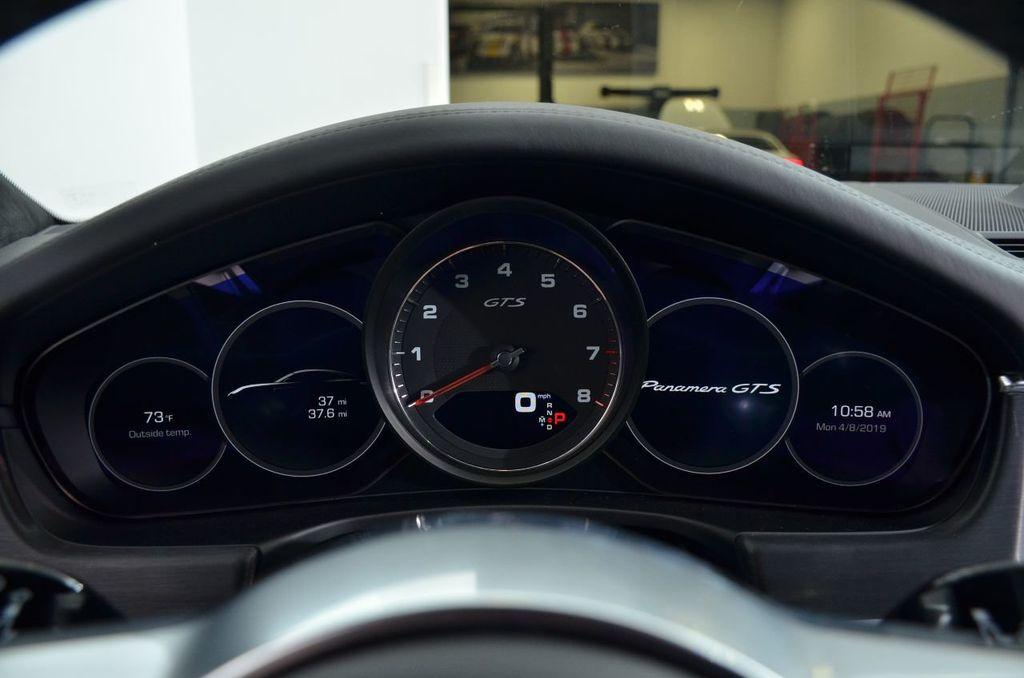 2019 Porsche Panamera Panamera - 18702357 - 13