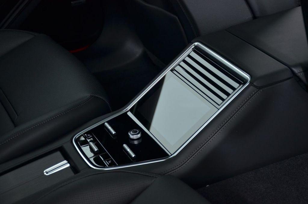 2019 Porsche Panamera Panamera - 18702357 - 39