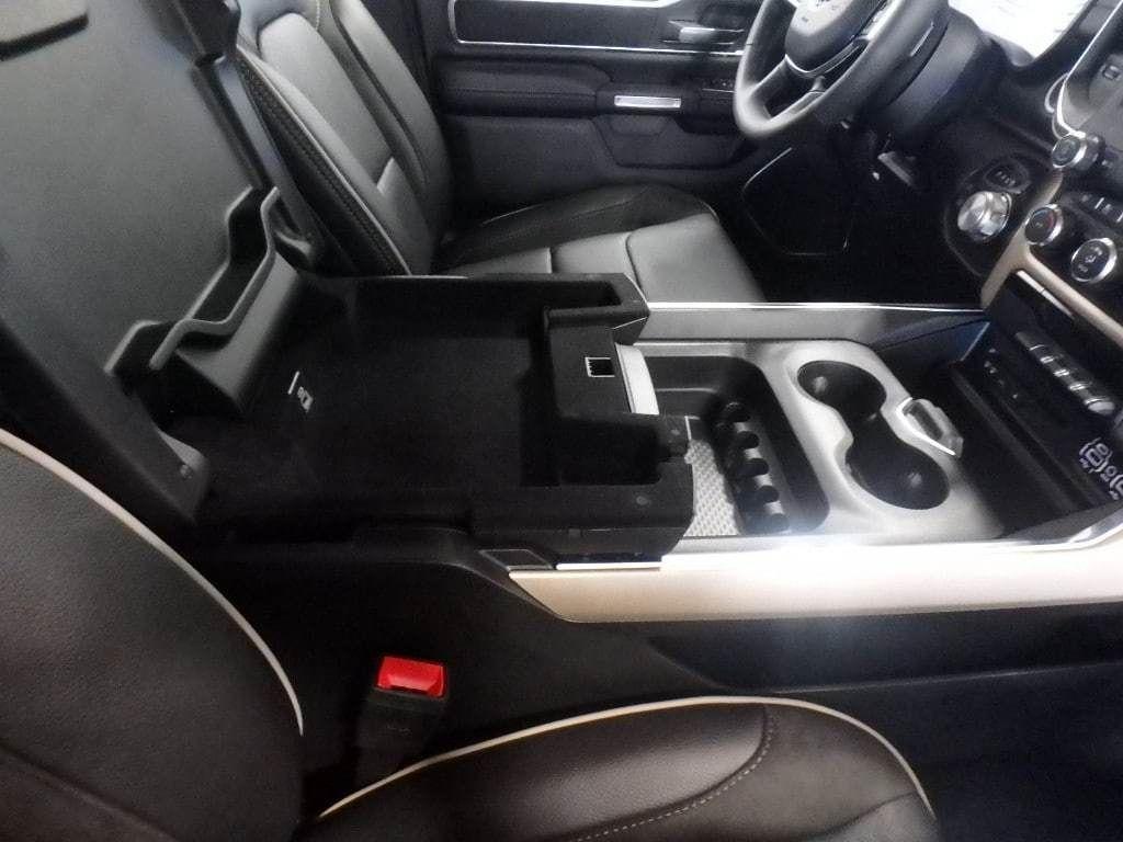 """2019 Ram 1500 Laramie 4x4 Quad Cab 6'4"""" Box - 18340801 - 15"""