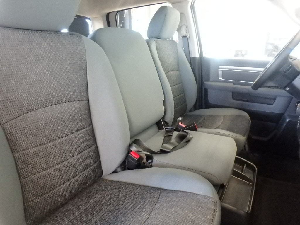 "2019 Ram 1500 Classic Big Horn 4x4 Crew Cab 5'7"" Box - 18399847 - 9"