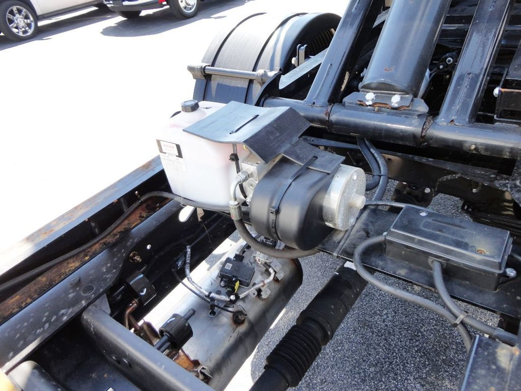 2019 Ram 5500 11FT SWITCH-N-GO..ROLLOFF TRUCK SYSTEM WITH FLATBED.. - 19388194 - 16