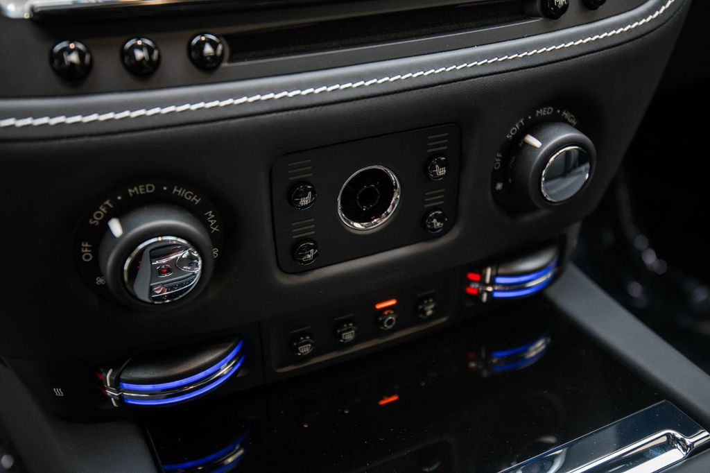 2019 Rolls-Royce Wraith  - 18165775 - 25