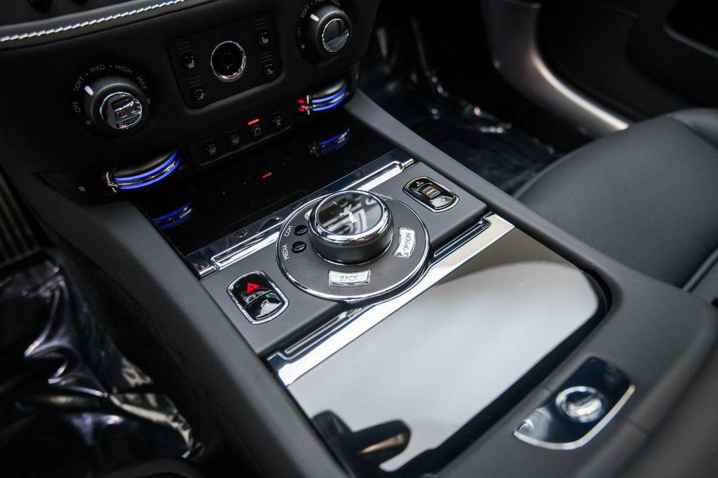 2019 Rolls-Royce Wraith  - 18165775 - 26
