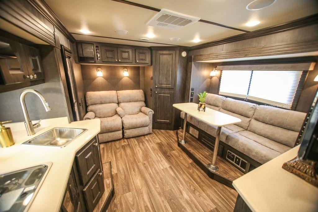 2019 Shadow 3 Horse 14 Foot Luxury Conestoga Living Quarters  - 18654393 - 12