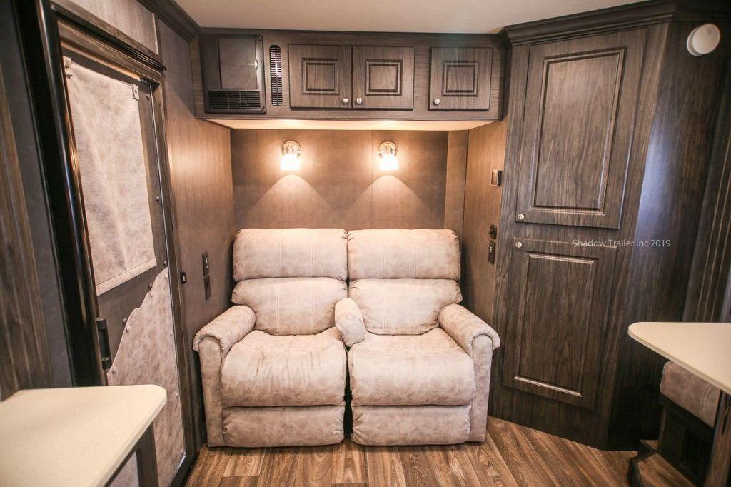 2019 Shadow 3 Horse 14 Foot Luxury Conestoga Living Quarters  - 18654393 - 13