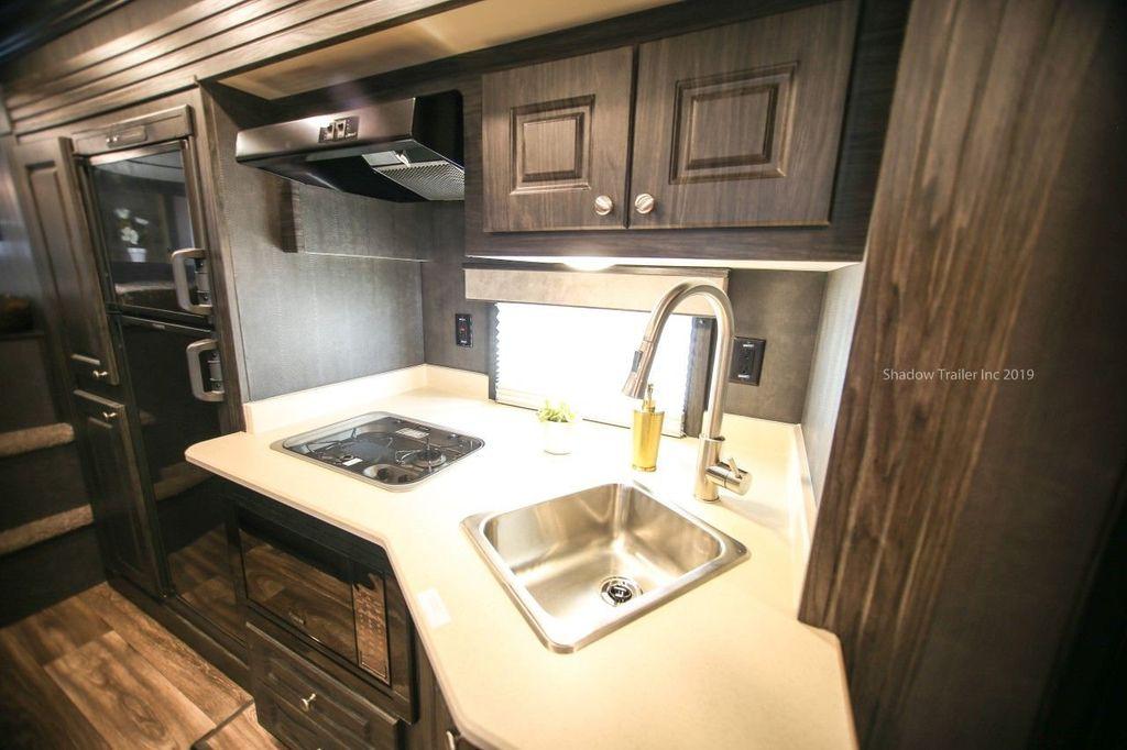 2019 Shadow 3 Horse 14 Foot Luxury Conestoga Living Quarters  - 18654393 - 16