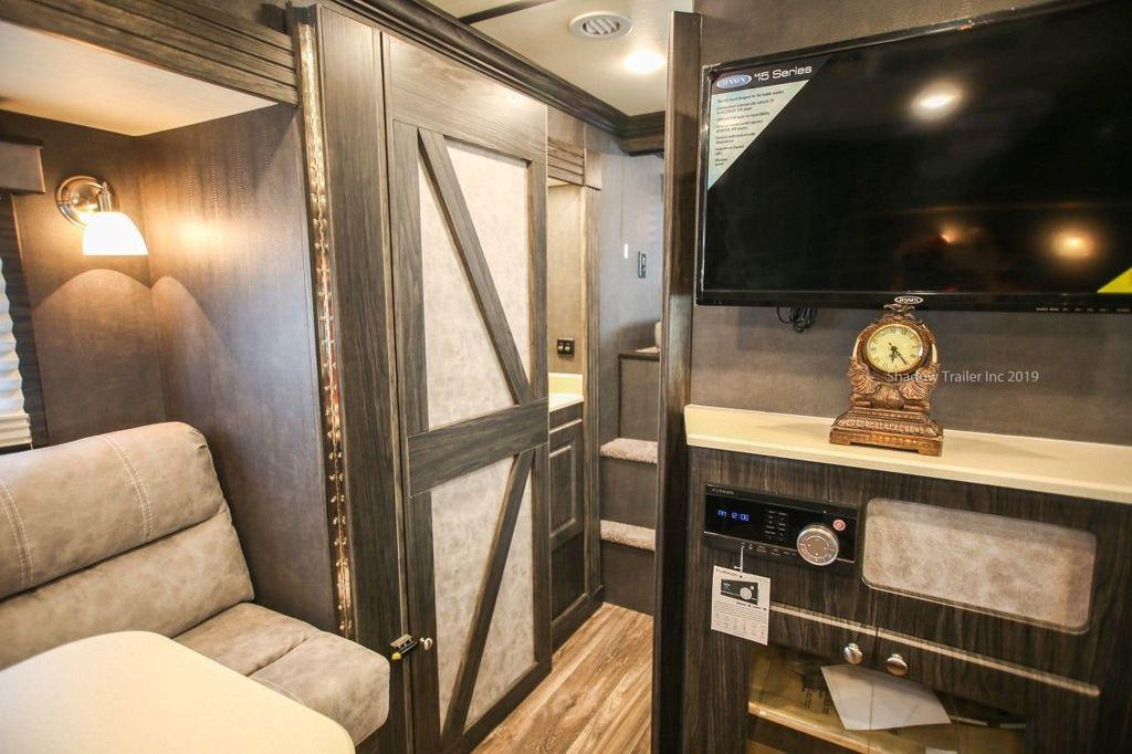 2019 Shadow 3 Horse 14 Foot Luxury Conestoga Living Quarters  - 18654393 - 20