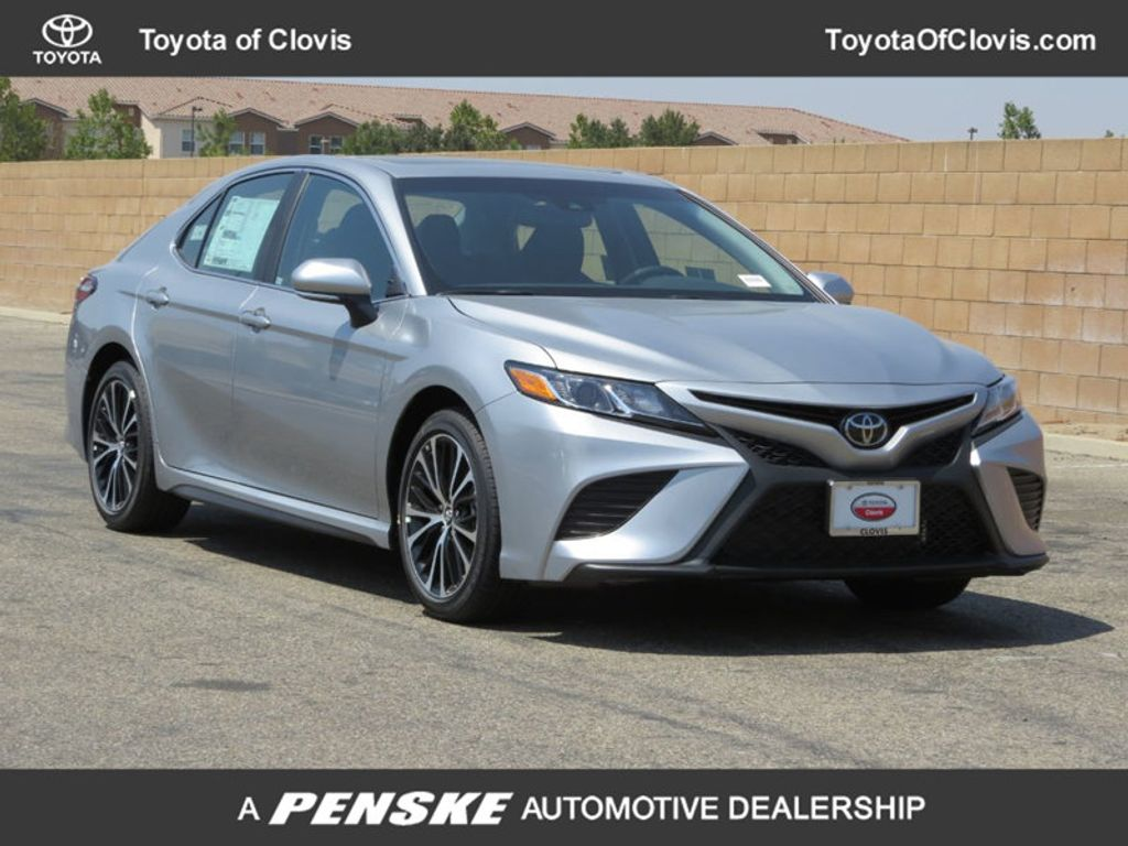 2019 Toyota Camry SE Automatic - 18220139 - 0