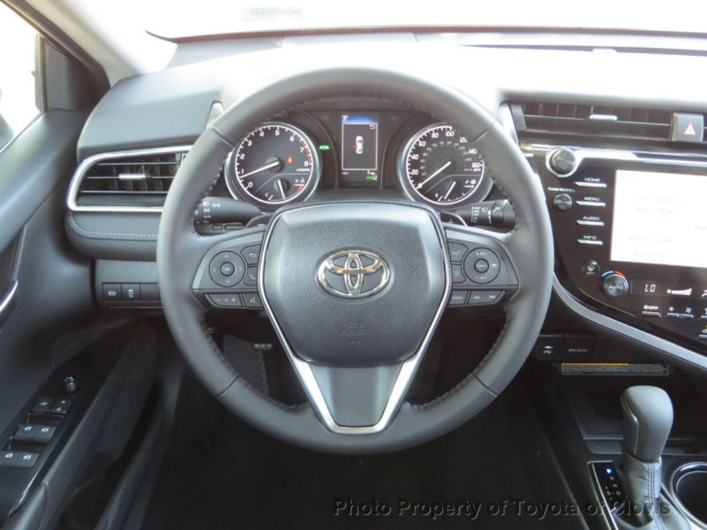 2019 Toyota Camry SE Automatic - 18220139 - 11