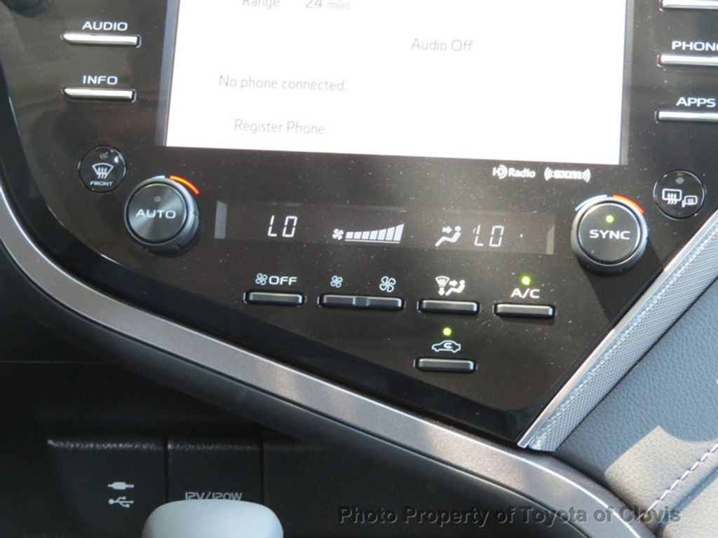 2019 Toyota Camry SE Automatic - 18220139 - 17