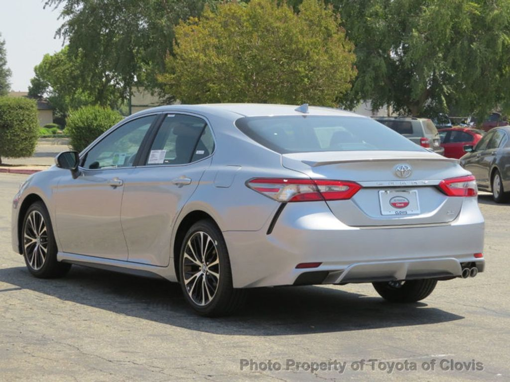 2019 Toyota Camry SE Automatic - 18220139 - 4