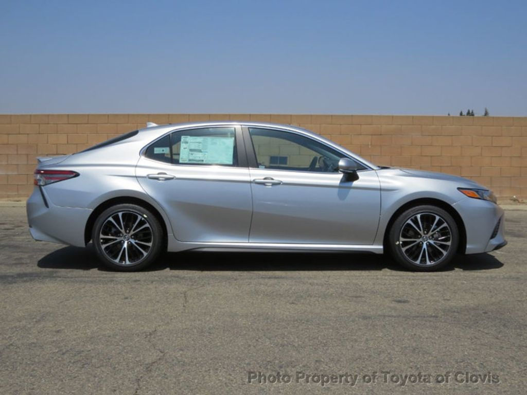 2019 Toyota Camry SE Automatic - 18220139 - 7