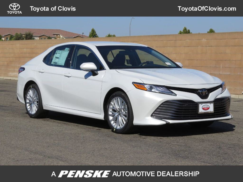 2019 Toyota Camry XLE Automatic - 18178151 - 0