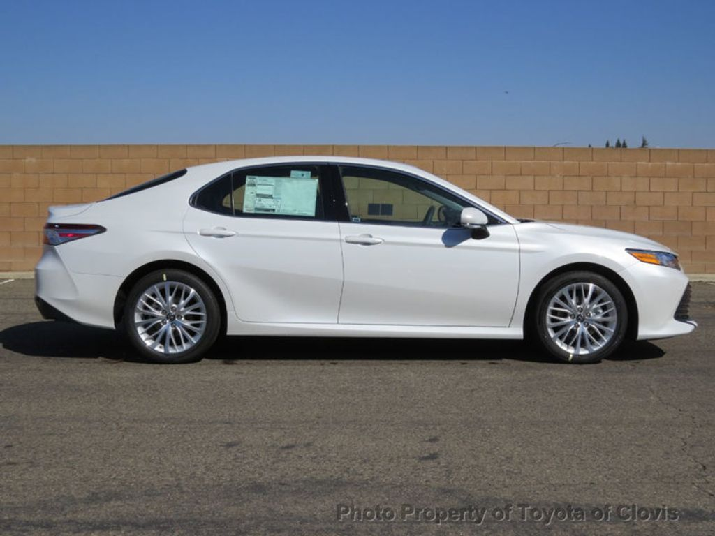 2019 Toyota Camry XLE Automatic - 18178151 - 1
