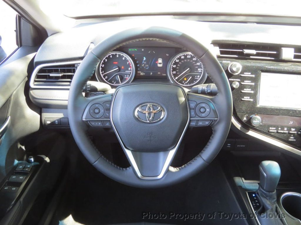 2019 Toyota Camry XLE Automatic - 18178151 - 6
