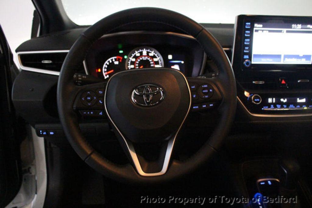 2019 Toyota Corolla Hatchback SE CVT - 18817106 - 2