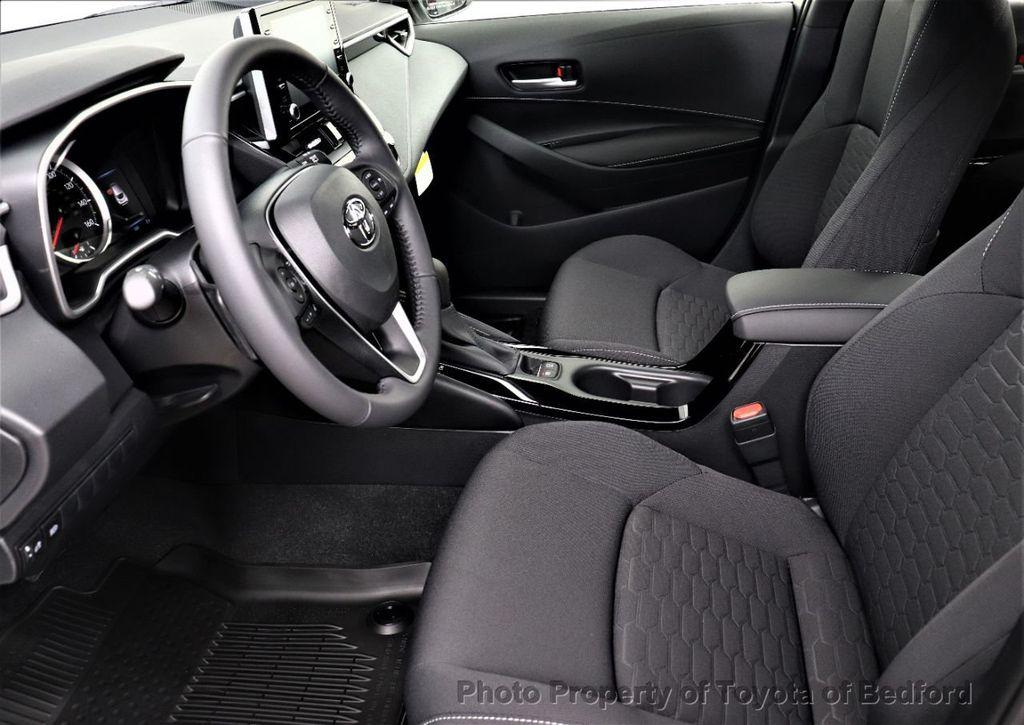 2019 Toyota Corolla Hatchback SE CVT - 18817106 - 6