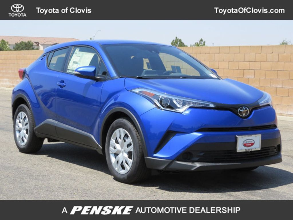 2019 Toyota C-HR LE FWD - 17889520 - 0