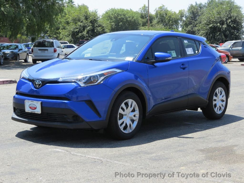 2019 Toyota C-HR LE FWD - 17889520 - 2