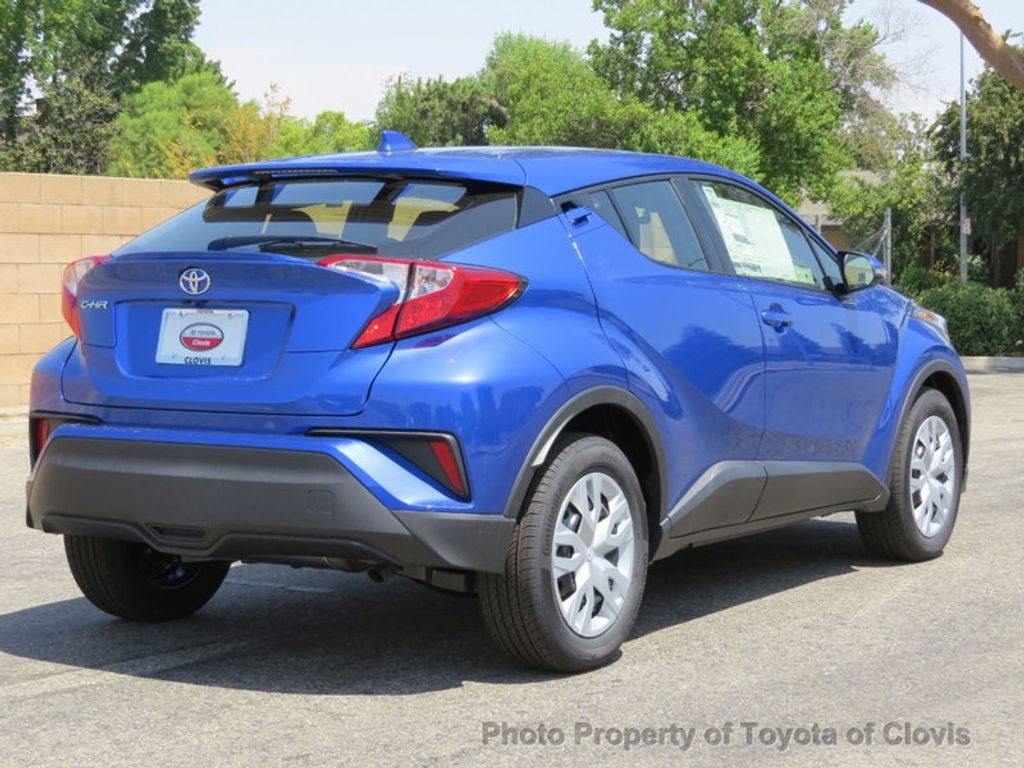 2019 Toyota C-HR LE FWD - 17889520 - 6