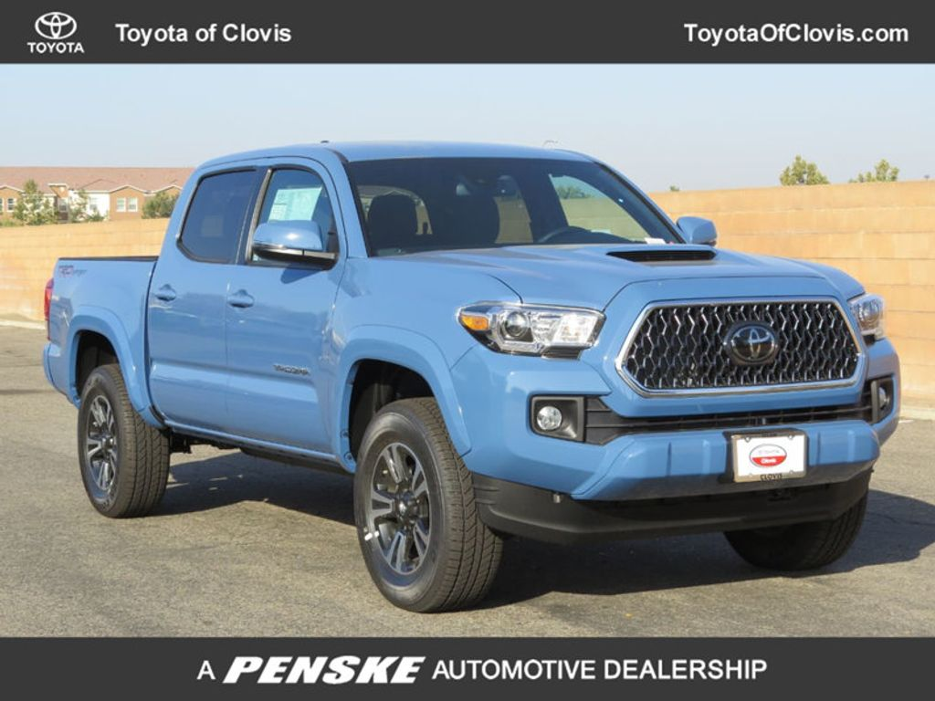 2019 Toyota Tacoma 2WD TRD Sport Double Cab 5' Bed V6 AT - 18115586 - 0