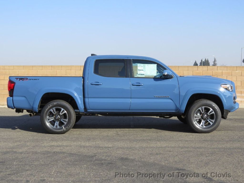 2019 Toyota Tacoma 2WD TRD Sport Double Cab 5' Bed V6 AT - 18115586 - 7