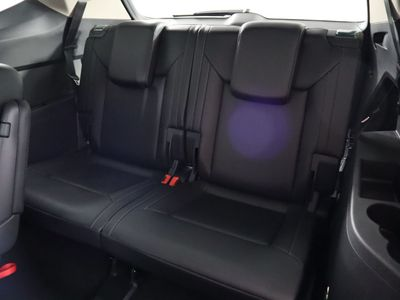 2019 Volkswagen Atlas 3.6L V6 SE w/Technology FWD SUV - Click to see full-size photo viewer