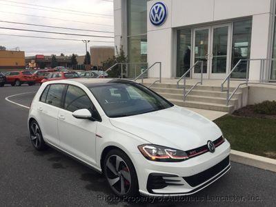 New 2019 Volkswagen Golf GTI 2.0T SE DSG Sedan