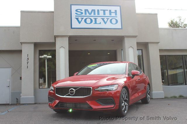 2019 Volvo S60 T5 FWD Momentum - Click to see full-size photo viewer