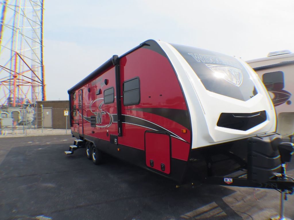 2019 Winnebago Minnie Plus 27BHSS  - 17934968 - 2
